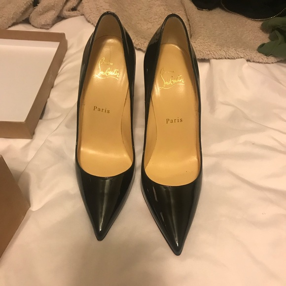sports shoes 4b974 db52a Christian Louboutin Black Patent Leather Heels